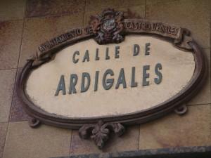 Letrero de la calle Ardigales