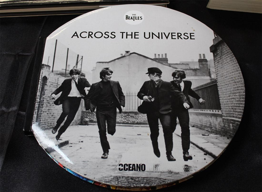 Exposición Beatles castro Urdiales